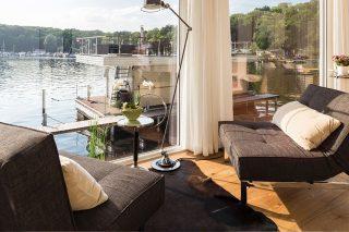 ferienhaus berlin havel ufer mit garten seelodge am wannsee nahe berlin mitte. Black Bedroom Furniture Sets. Home Design Ideas